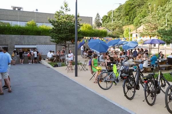La buvette, bar éphémère du Collectif 52 au Mont-sur-Lausanne